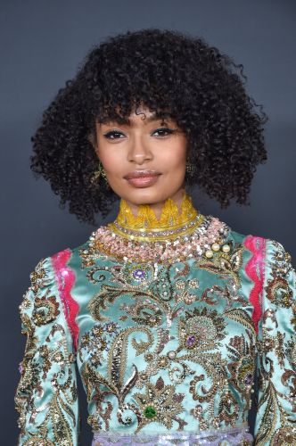 """Yara Shahidi Is Giving Us """"Emmy's Prep Realness"""" With This Video of Her Bleaching Her Lip"""