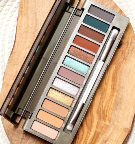 Bronze and Gray Lids With the Urban Decay Naked Wild West Palette