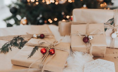 No Idea What to Gift? Try These Universal Gift Ideas