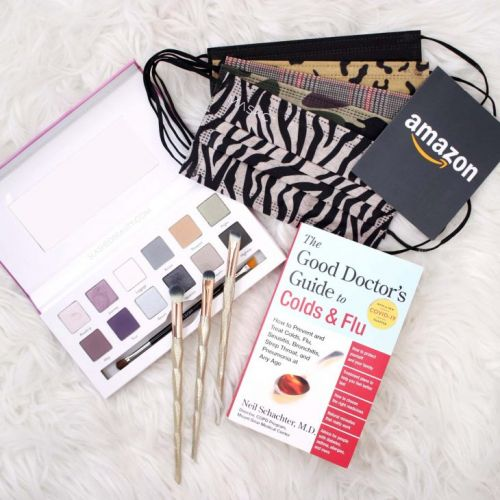2021 Essentials Giveaway: Masks, Makeup & Amazon Gift Card!