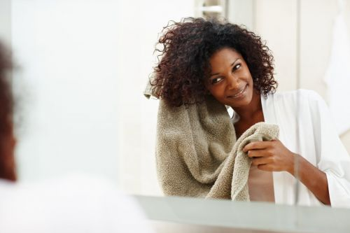 Here's How Often You Should Be Washing Your Natural Hair, According to a Pro