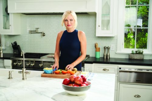 Malin Akerman Shares Her Experiences With CoolSculpting and CoolTone