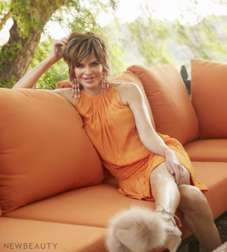 The REAL HOUSE LIFE of Lisa Rinna