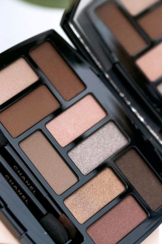 The Chanel Les Beiges Natural Eyeshadow Palette