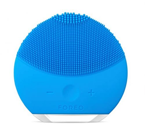 Missing Your Clarisonic? Try This Fan-Favorite Silicone Cleansing Brush While It's $40 Off