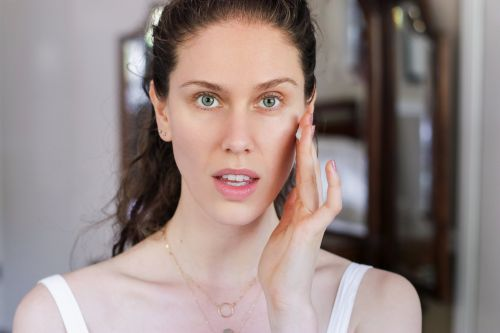 """How Cassandra Bankson Became """"Your Acne Big Sister"""" With Over 1.5M YouTube Followers"""