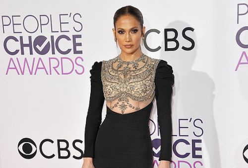 J.Lo's One Trick for Getting a Better Stomach in Just 2 Weeks