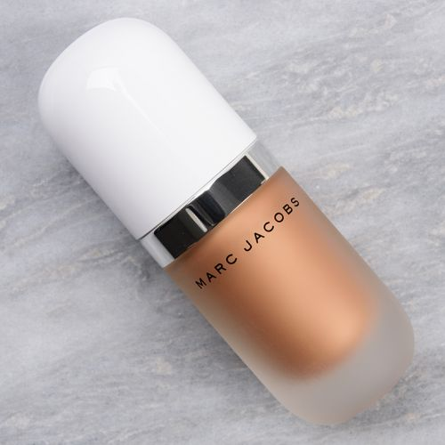 Marc Jacobs Tantalize (54) Dew Drops Coconut Gel Highlighter Review & Swatches