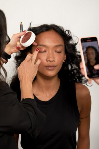 Jones Road, the Beauty Brand by Legendary Makeup Artist Bobbi Brown, Is Now Available in the UK