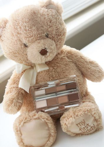 Unsung Makeup Heroes: Clinique All About Shadow Quad in Teddy Bear