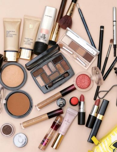 What's Currently in Your Makeup Bag?